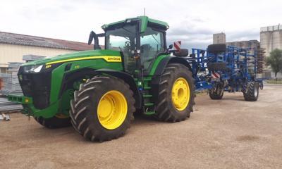 Tracteur 8370